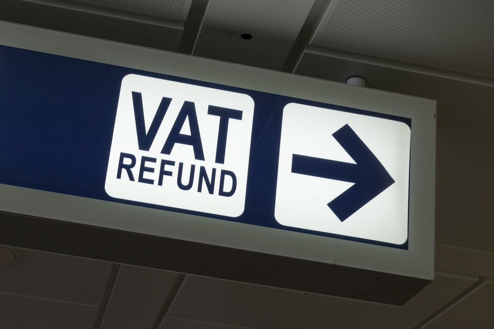 Blue sign reading VAT Refund